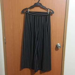 Black and White Stripes Culottes (Garter)
