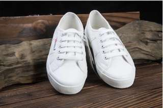 White superga 2750 size 41 (half size larger than usual)