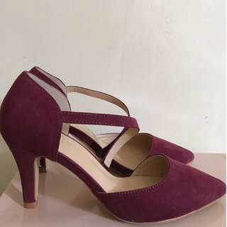 Parisian Basic Maroon Heels