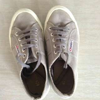 Superga in Gray