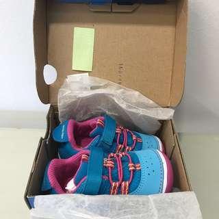 Stride Rite SM Ines/ Blue Brandnew with box