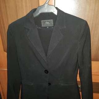 Suit- blazer and pants black