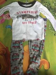 Carters pyjamas 3T