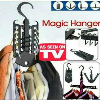 Magic cloth hanger