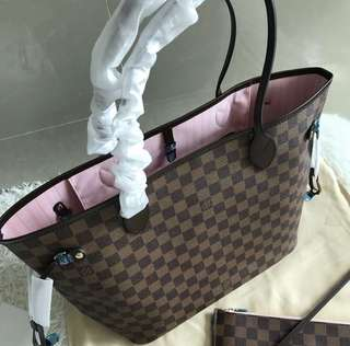 Louis Vuitton Neverfull MM in damier ebene in canvas leather
