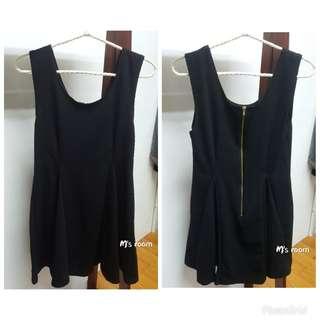 🚚 黑色無袖傘狀洋裝