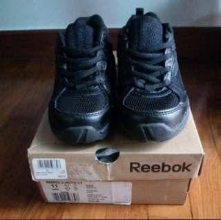 BNIB Reebok kids black running sports shoes
