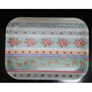 Plastic tray medium sized