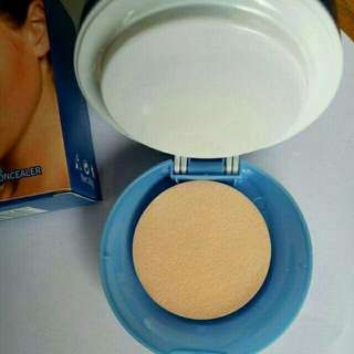 Loreal dual face powder with concealer