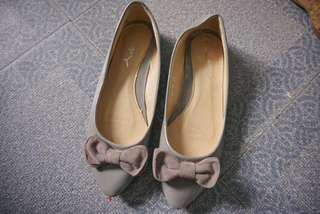 For sale: Pre-loved flats
