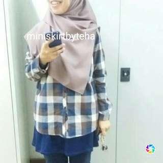 Mini skirt comel