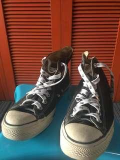 Converse classic black high cut