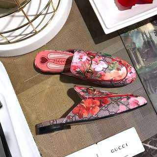 Gucci Style pink bloom bloafer
