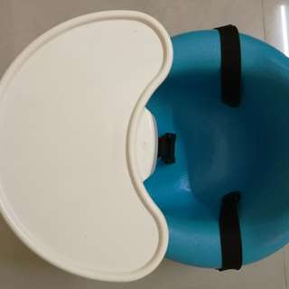Bumbo Seat With Tray and seat belt