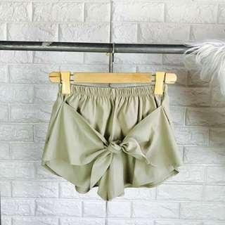 Fab ribbon shorts