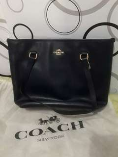 COACH BAG (authentic)