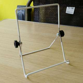 Ipad/Tablet Stand