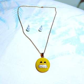Emoji Necklace+Pearl Stud Earrings