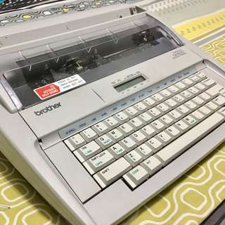 Brother Electronic Typewriter With Display