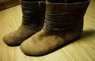 Women's Gamusa boots (BROWN)