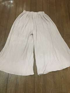 Pleated palazzo pants