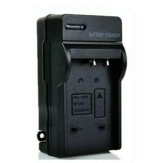 🚚 富士Fujifilm NP-50電池專用   -壁插充電器