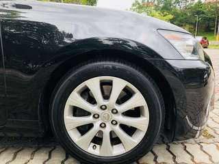 Lexus GS OEM 17in rims with almost new tyres