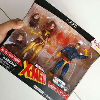 Marvel Legends Cyclops and Dark Phoenix