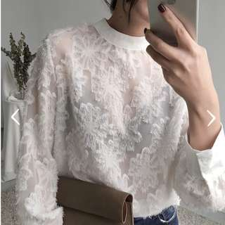 [Pre-Order] Textured Ladies white top