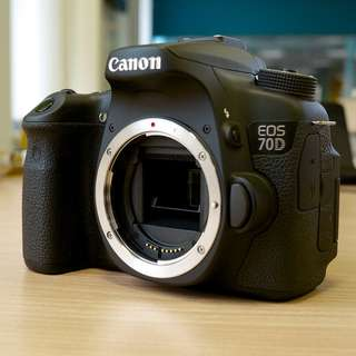 (Combo Deal)	Canon EOS 70D Camera 20.2MP Body Only (Black) + 40mm lens