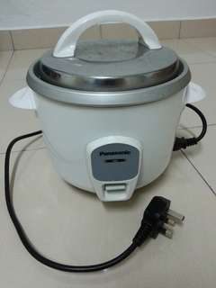 Panasonic Rice Cooker/Periuk Nasi 1.0 L + Free 3 Glass Plates