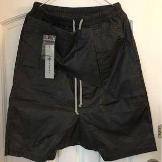 RICK OWENS DRKSHDW 17S 薄料coating 短褲M碼(腰圍30-34)