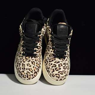 "Air Force 1 Low ""Animal Print"" Pack 現已登場伴隨著 Air Force 1 問世 貨號 898889-004碼數36-39"