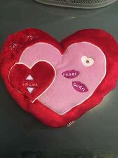 Oto Heart Radio cushion