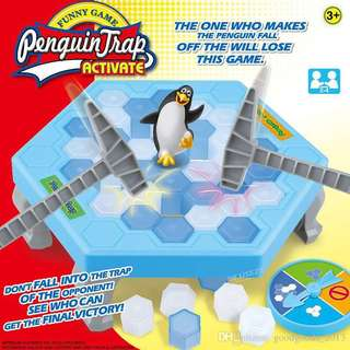 [Pre-Order] Ice-Breaking Penguin Ice Breaker!