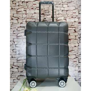 "20"" Luggage - Grey"