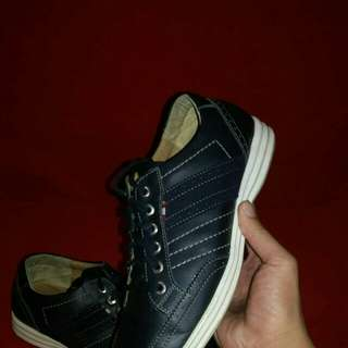 Vonslenza Casual shoes