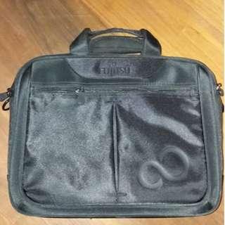 99% new Fujitsu business laptop bag