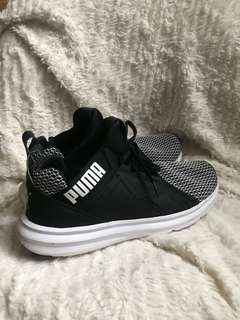 Authentic puma enzo shift black and white sneakers women