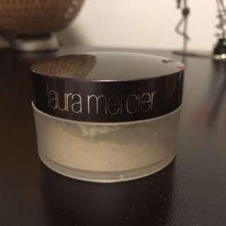 Eyeshadow, loose powder and blusher MAC, Laura Mercier, L'Oréal