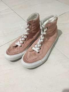 Baby pink sneaker