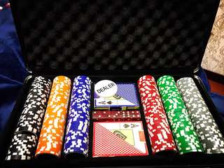 [Pre-Order] HQ 300Pcs Poker Chips Set + Playing Mat!