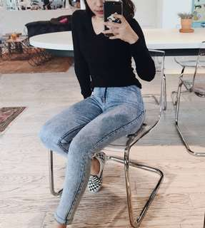 black sweater hnm pull and bear stradivarius