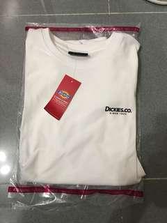 Dickies Tee logo white