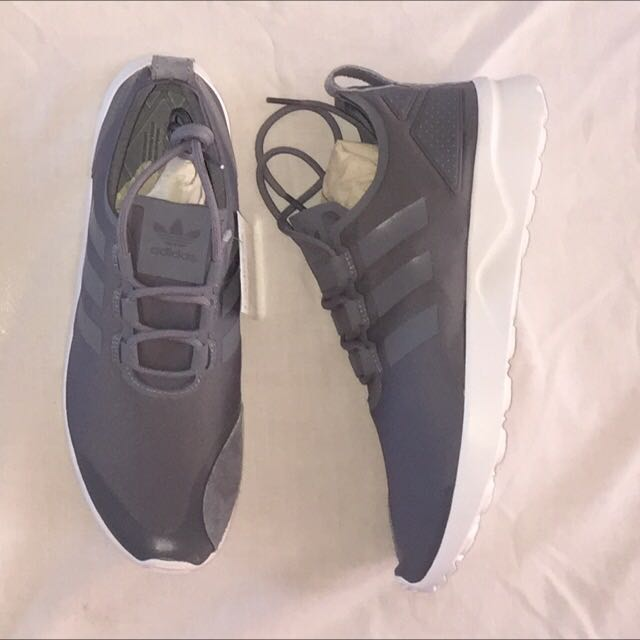 Adidas zx flux sneakers size 8