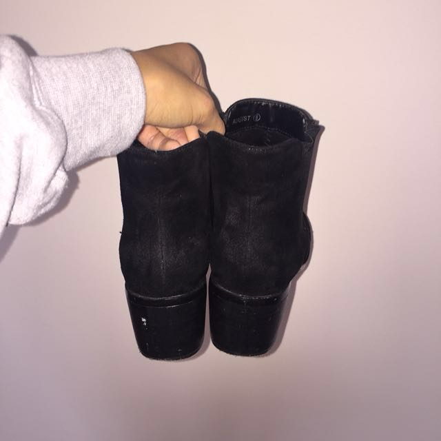black boots - suede