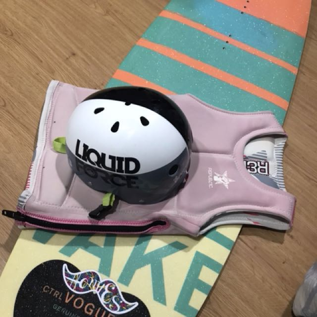 CTRL wakeboard + Gears