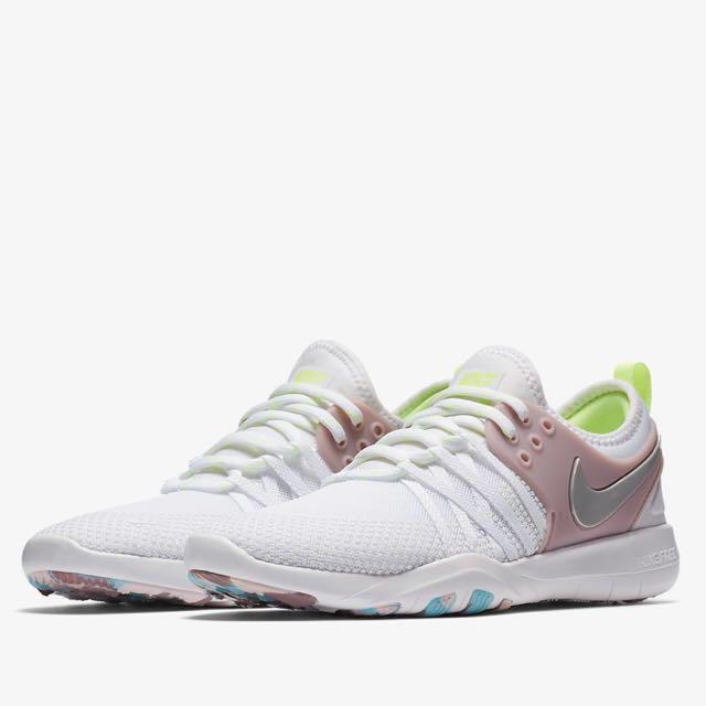 4390139467f1c Nike Free TR 7 AMP Women s Training Running Hype Casual Shoe US 8 ...