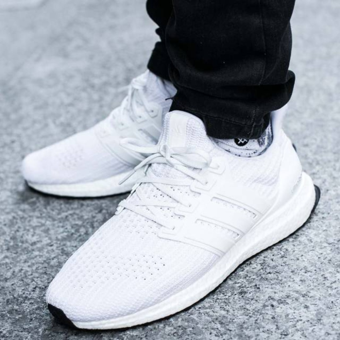 more photos 6f174 8d615 PO) Adidas Mens Ultra Boost 4.0 Triple White, Men's Fashion ...
