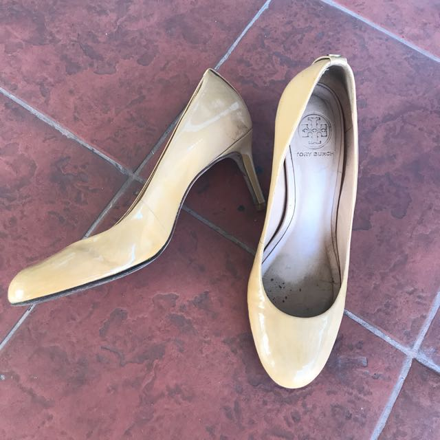 a9c019ec88d Tory Burch nude heels